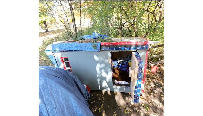 Small outdoor shelter made by a couple